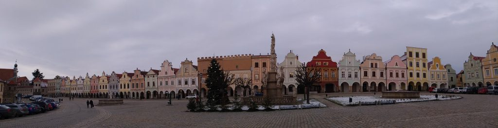 Telc_piazza_pano